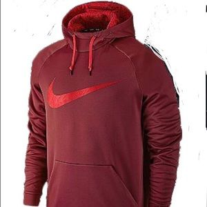 Nwt size L by Nike Therma